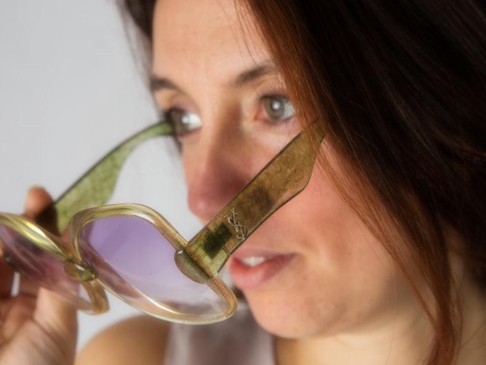Dettaglio occhiali da sole